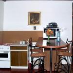 Bajna szállás - Virág vendégház konyha